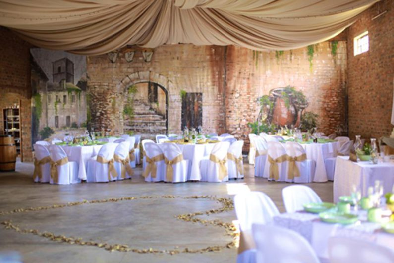 Y Di Dorp Yt Magaliesberg Wedding Venue