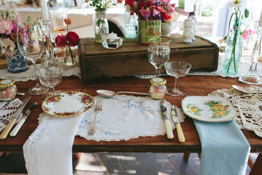 A Vintage Affair Crockery & Decor Hire