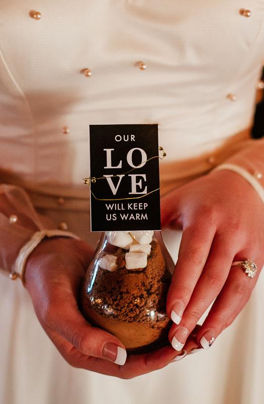hot chocolate wedding favour ideas
