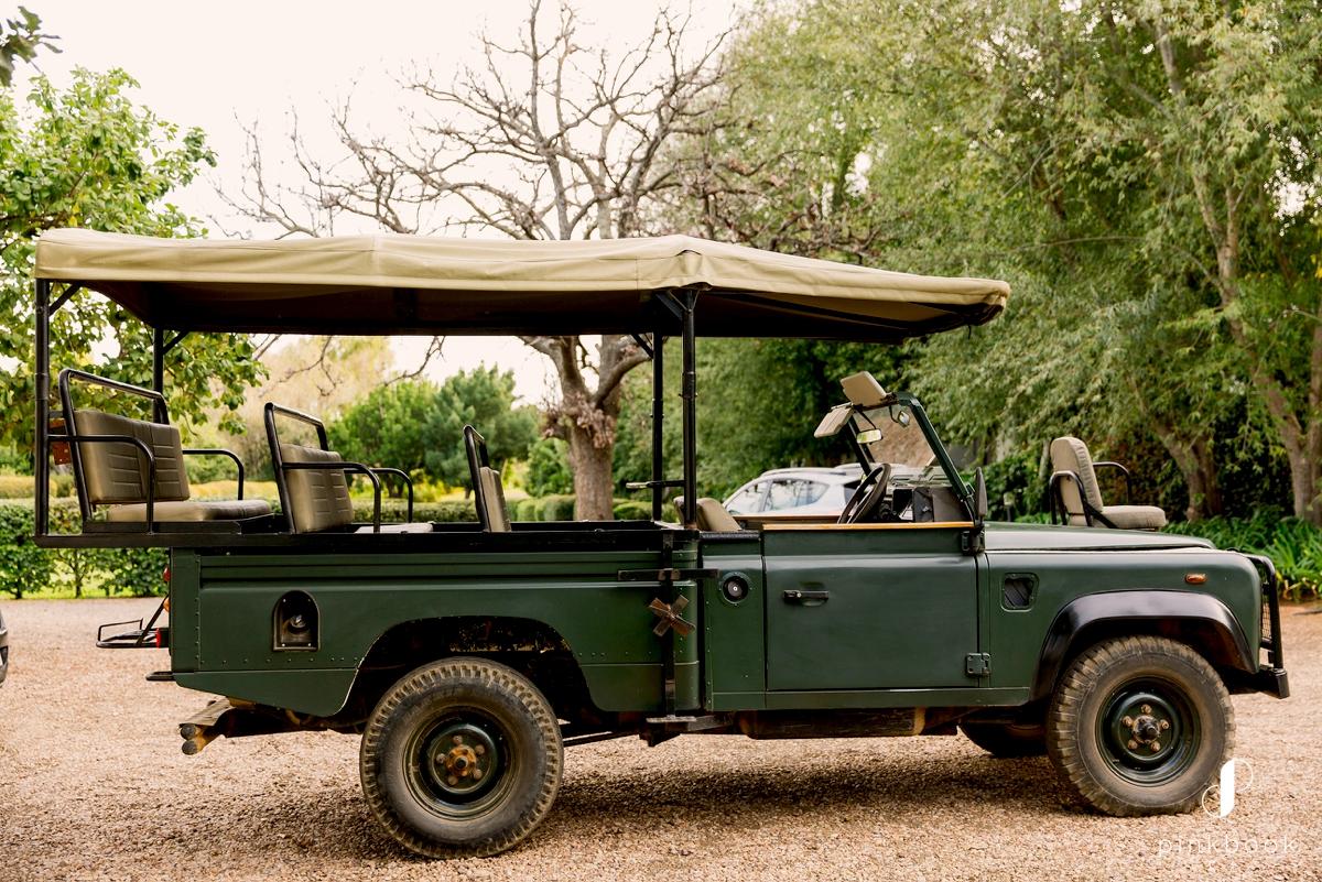 4x4 safari off-road vehicle