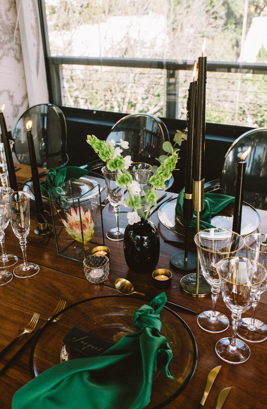 table decor emerald green wedding