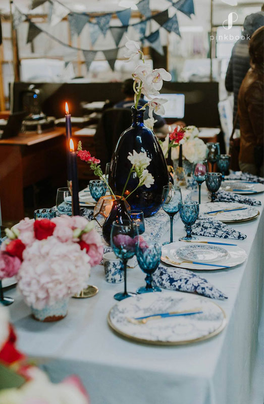 china blue wedding table decor