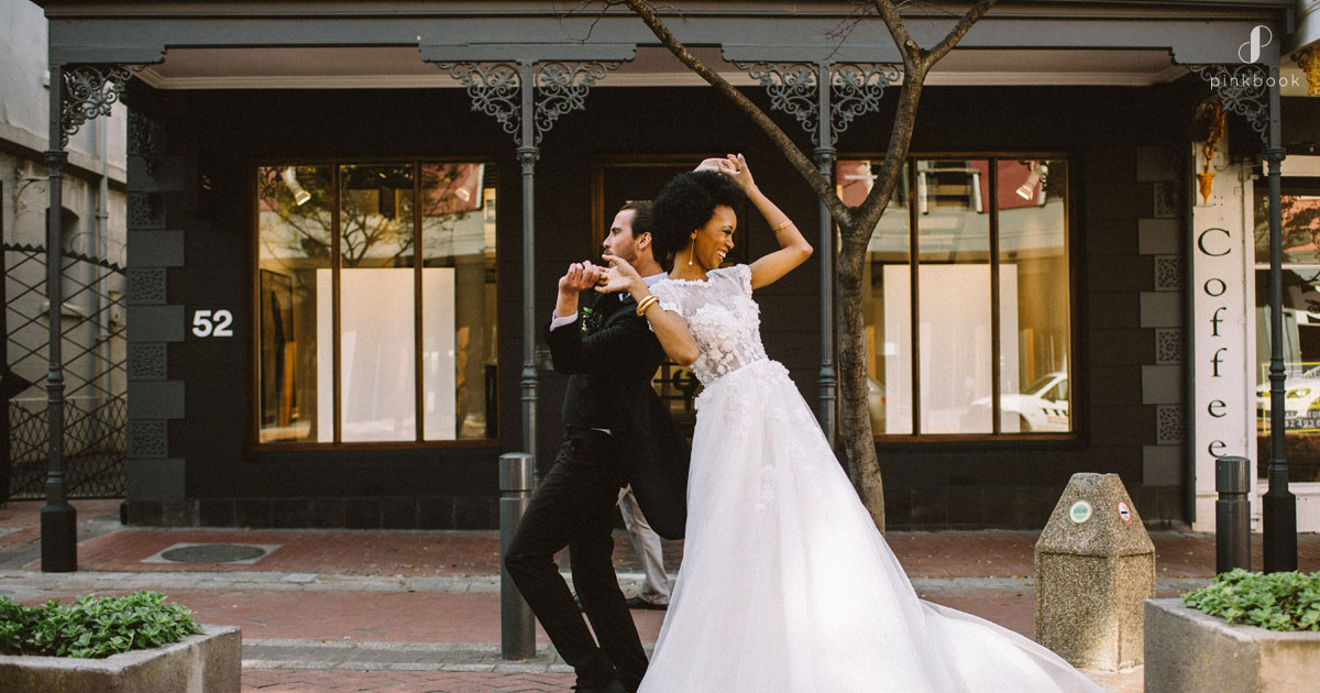 wedding couple dancing in Cape Town