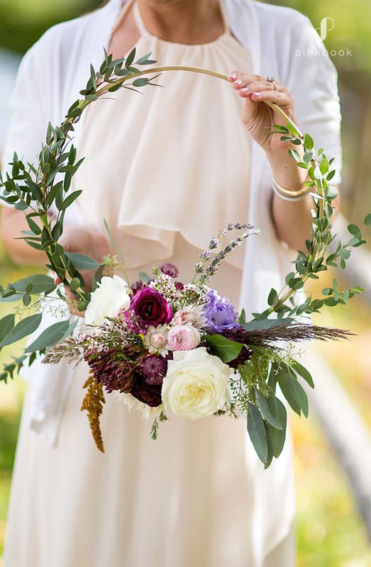 11 Unique Wedding Bouquet Ideas For Brides Who Want To Be Different