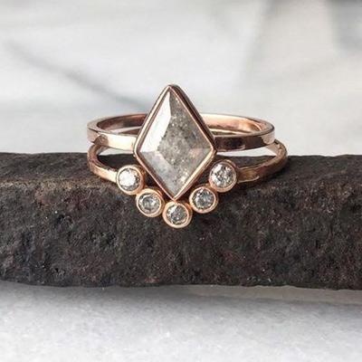 custom engagement rings geometric