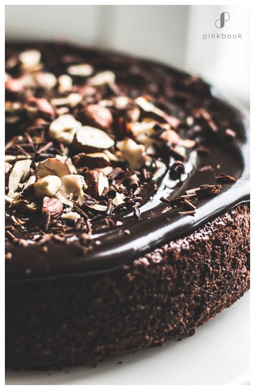 Hazelnut Almond Flavour Cake