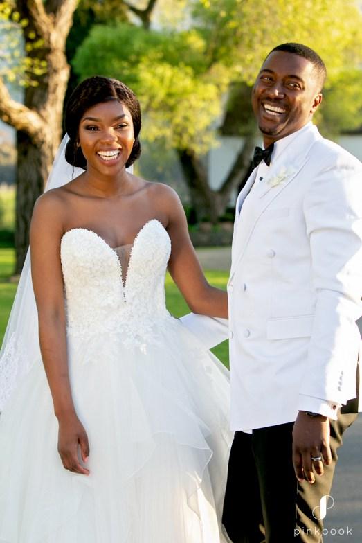 Elegant White Wedding Photos