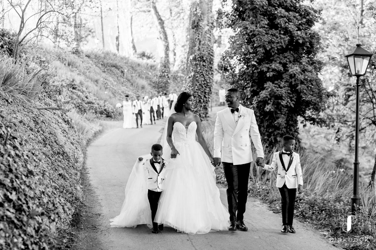 Beautiful Wedding Photos by ZaraZoo