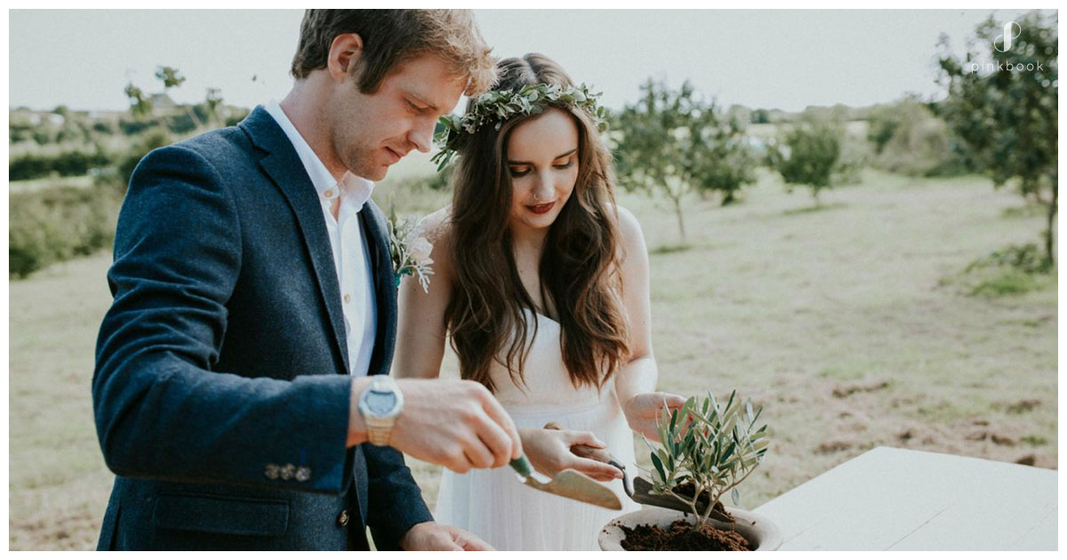 alternative-wedding-ideas-tree