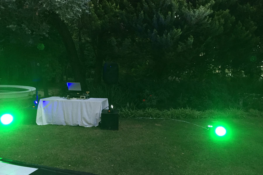 Sound-House Entertainment - DJ & Live Bands Stellenbosch