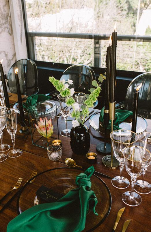 table decor emerald green wedding