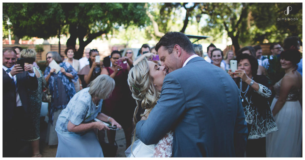wedding-capture-moment