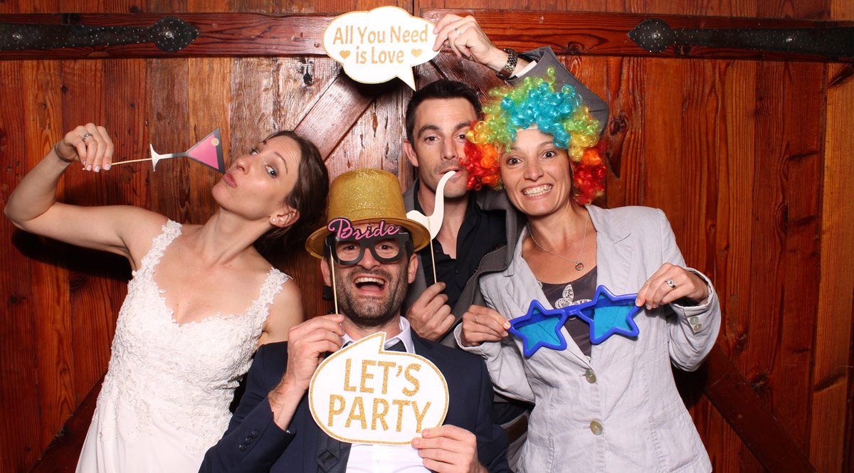 wedding photo booth costumes