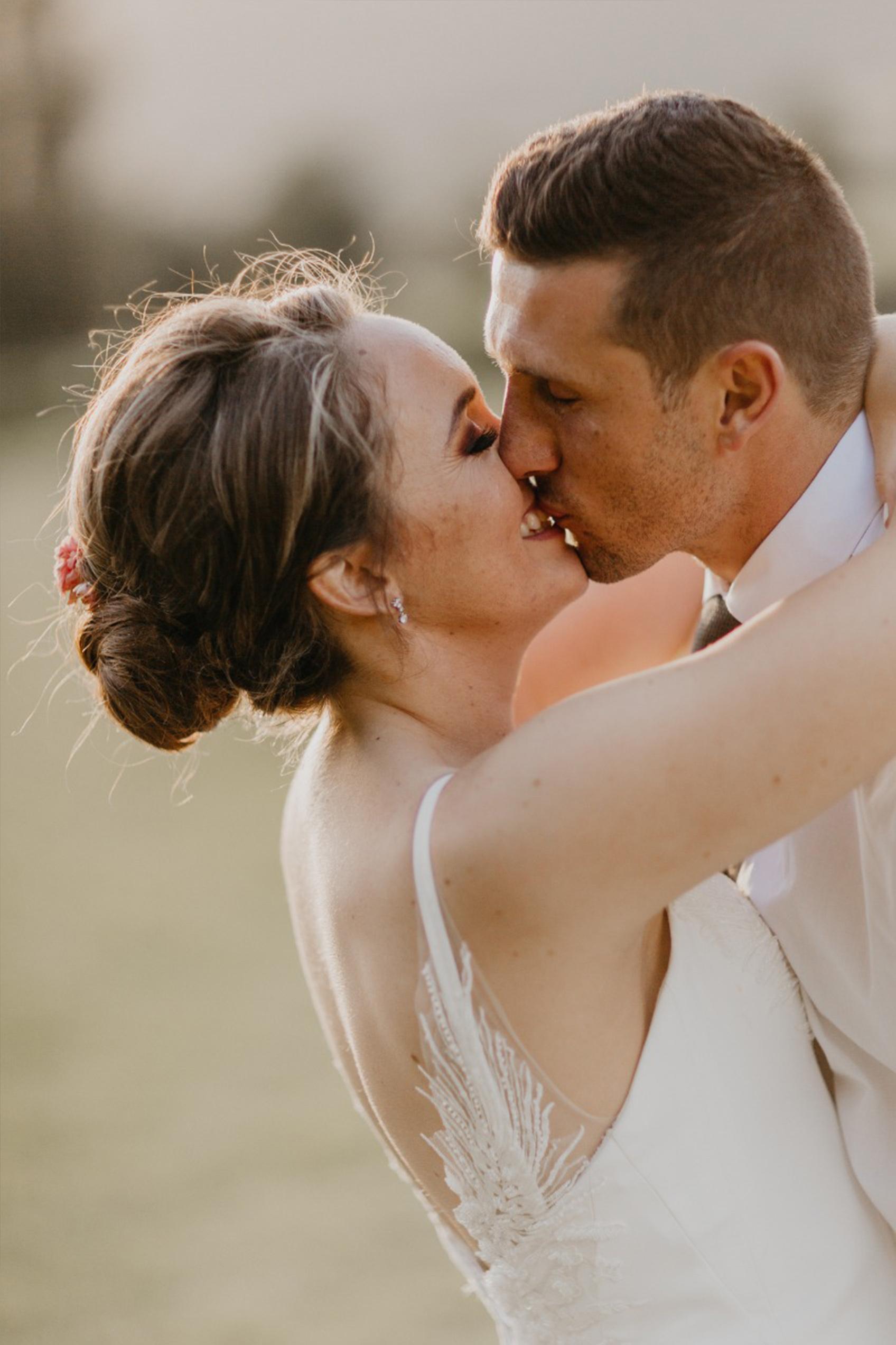 Meliza Meyer Bridal & Evening Wear