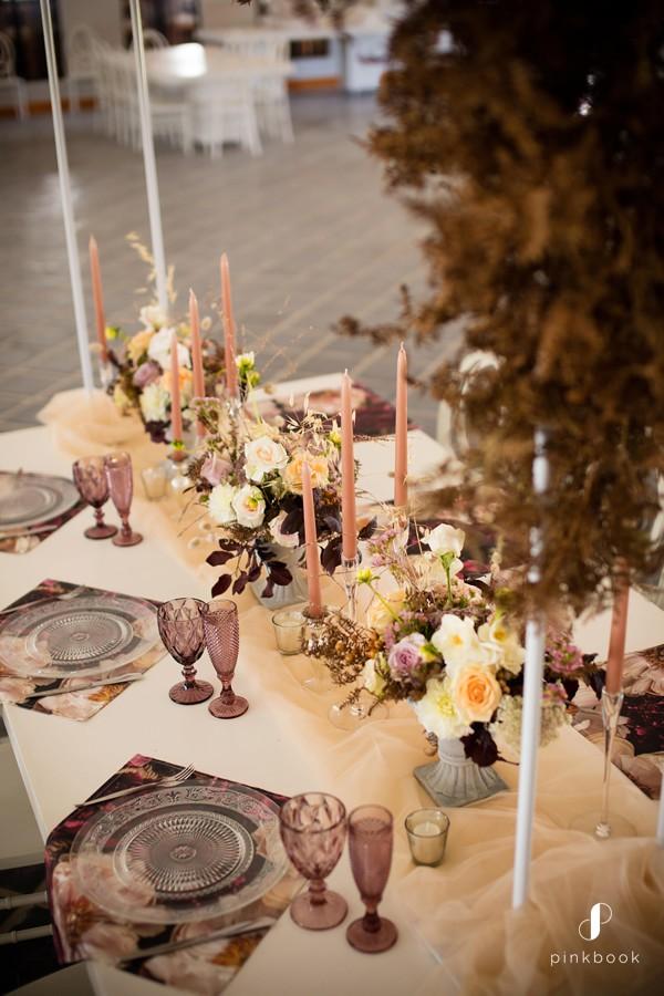 wedding-colour-themes-burgundy-3