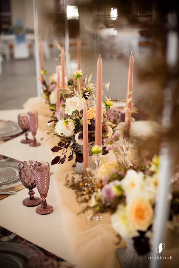 wedding-colour-themes-burgundy-4