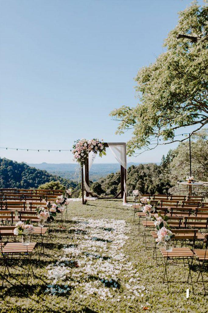 wedding-flowers-where-to-start-01